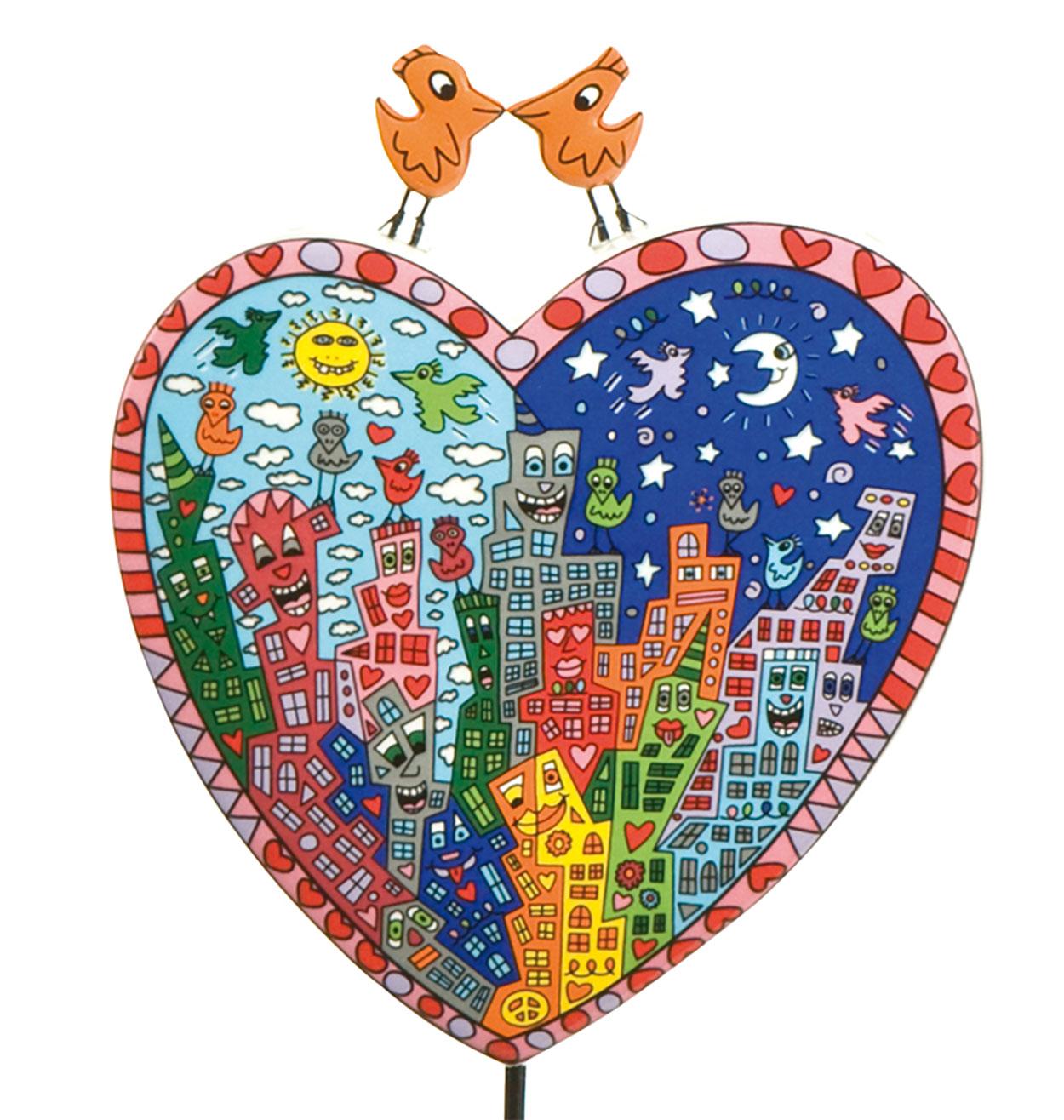 James Rizzis Faible galt dem Stadtleben New Yorks, der Millionenmetropole, die niemals schläft. Faszinierende Eindrücke dienen als Vorlage für Deko-Objekte und limitierte Kunstwerke. It's Heart Not to Love My City - Figur Ein besonderer Blickfang sind die beiden Lovebirds auf dem Herz! • Aus hochwertigem Porzellan • Mit viel Liebe zum Detail gestaltet • Ideal auch als Geschenk L/B/H in cm: 12.00 / 10.00 / 33.00 Material: Porzellan