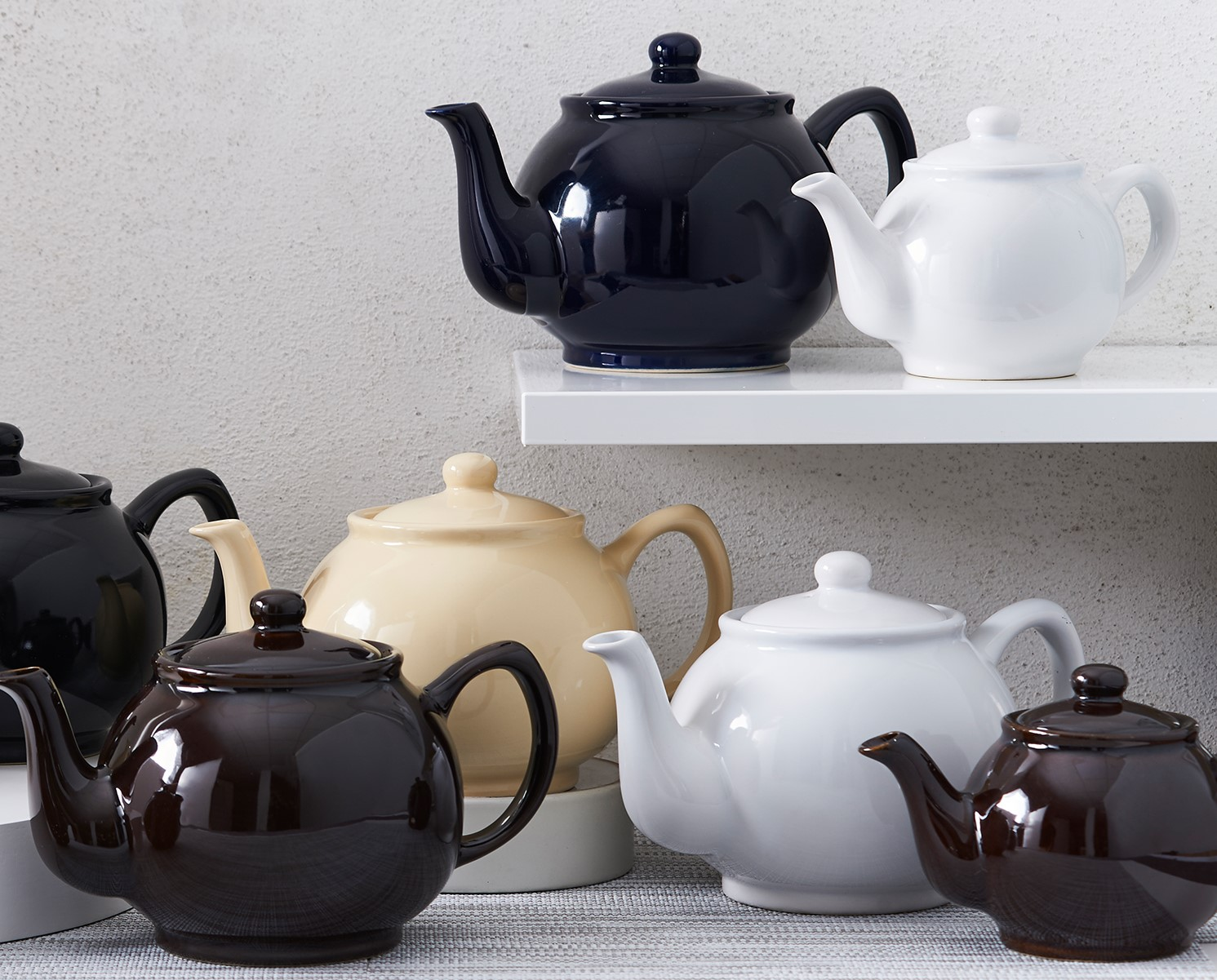 Teekanne glänzend