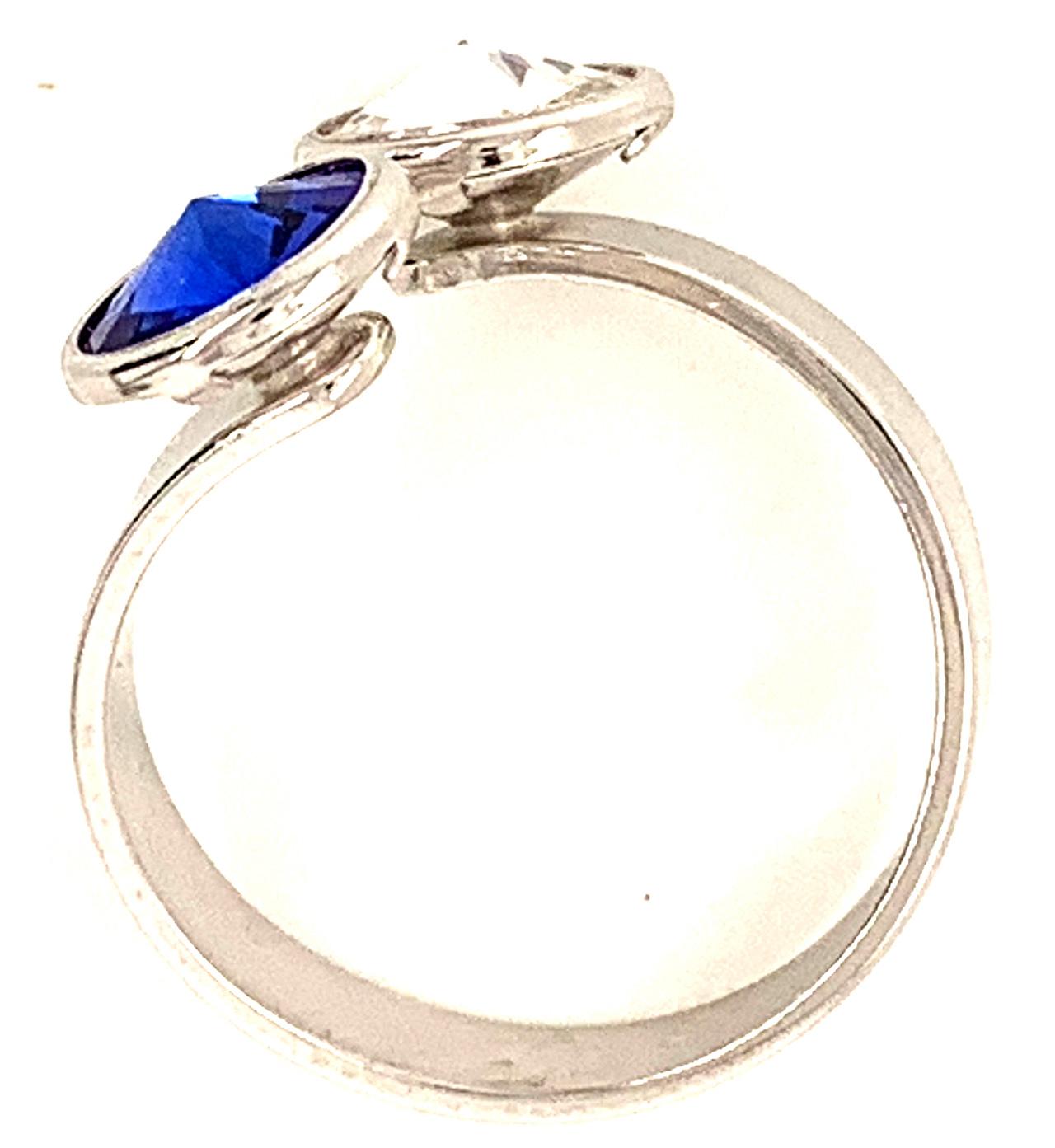 Silber Ring mit 2 Swarovski Crystal 1*Majestic Blue Blau 1*Crystal Clear 925 Silberfassung größe änderbar gesamt ca. 3,4 Gramm 17 ct handgearbeitet, rhodiniert, handgemacht in Italien AT0578MBC