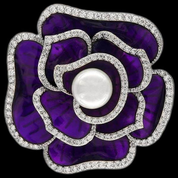 Brosche Blume Violett silberrahmen mit einer Perle und vielen weissen Strass Steinen BR015