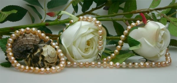 Echtes Zucht-Perlenset Rose 6mm Armband + Kette ca. 45cm Armband Stretch T07