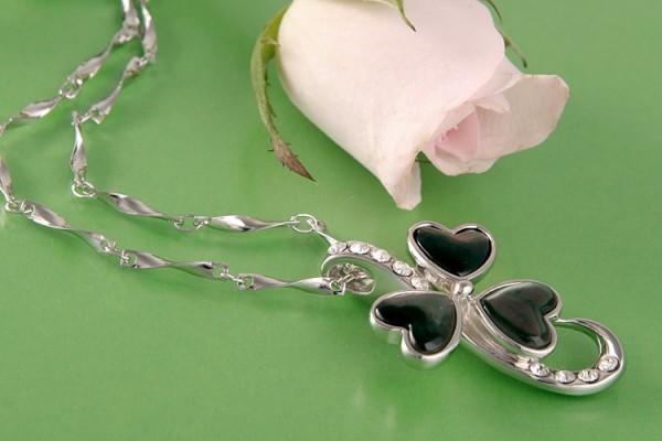Perlenkette Anhänger Amulett MOP 3 Herzen mit Strasssteinen Perlmutt Anthrazit versilbert rhodiniert