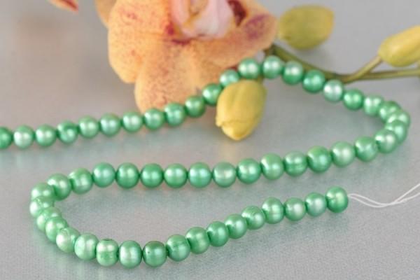 P416 Echter Süßwasser-Perlen-Strang barock 7-8mm 38cm lang offen Mintgrün