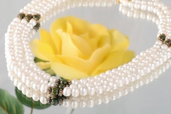 Echtes Zucht-Perlen-Collier dreireihig mit Heliotrop P429 Schnappverschluss goldfarben