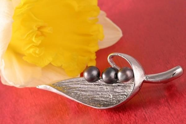 Brosche Süßwasser P299 Zucht Perlen 3-Perlen Tahiti Black Violett 6-7mm