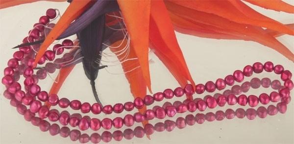 E119 Echter Süßwasser-Perlen-Strang barock 6-7mm 40cm lang offen rotviolett