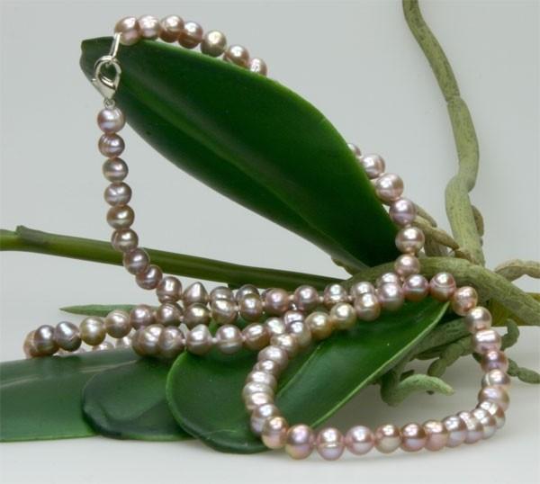 Echtes Zucht-Perlenset Hell-Violett 6mm Armband + Kette ca. 45cm Armband Stretch