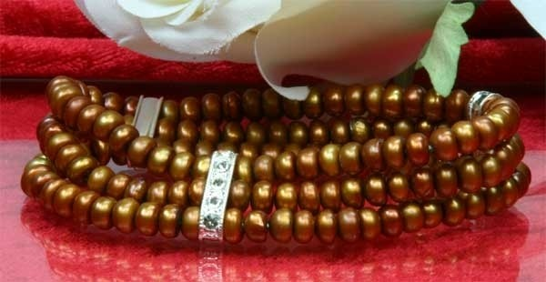 3-reihiges dehnbares Perlenarmband mit Strass-Steinen - Kupfer-Braun - aus Süsswasserzuchtperlen