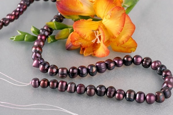 P400 Echter Süßwasser-Perlen-Strang barrock 7-8mm 39cm lang offen Tahiti Black Violett