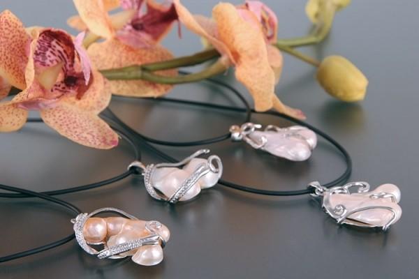 Echter Zucht-Perlen-Anhänger P046 UNIKATE Eingewachsene Perlen auf Permutt