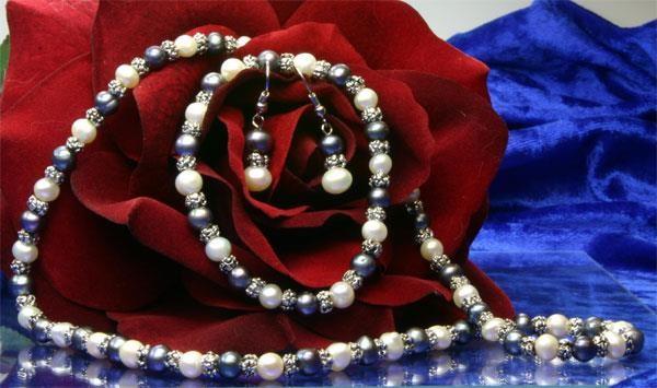 3-er Zucht-Perlenset weiss-violett 6mm Armband+Kette+Ohrringe